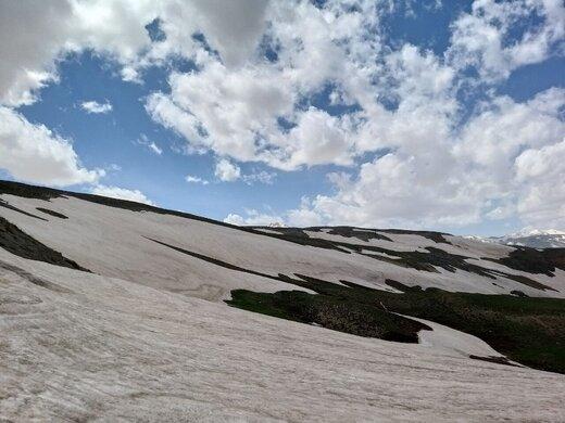 مرگ در چند قدمی ۴ کوهنورد در ارتفاعات کوهستانی اتوبان تهران _ شمال