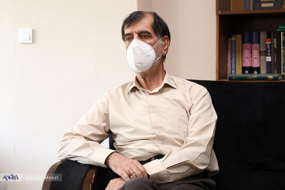 باهنر: لاریجانی دلخور نیست/شورای ائتلاف بی معرفتی کرد /بگم بگم احمدی نژاد نخ نما شده است /افتخار می کنم با دولت همکاری کنم