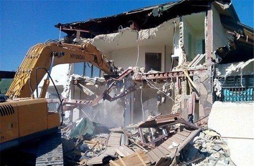 تخریب ۲۰ویلای غیرمجاز در تاکستان