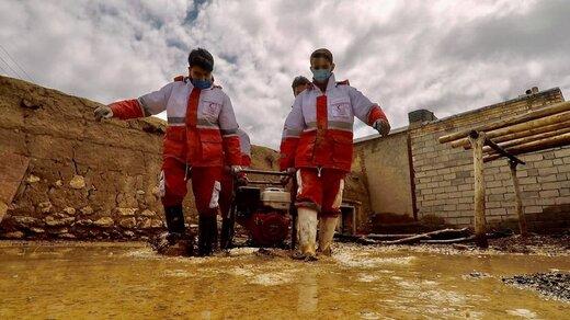 سیل در چایپاره و روستاهای شمالی آذربایجانغربی / امدادرسانی ادامه دارد