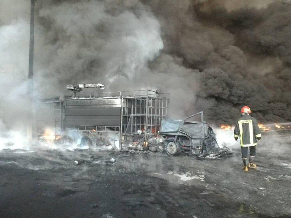 عکس | ماشین آتش نشانی که طعمه آتش شد!