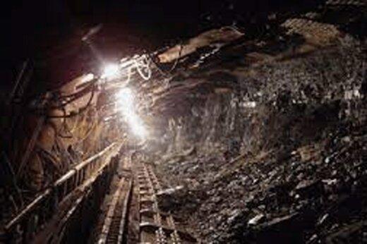 ببینید | تلاش برای پیدا کردن ۲ کارگر حبس شده در معدن زغال سنگ