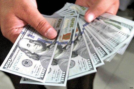 دلار قدرتمند صعود کرد