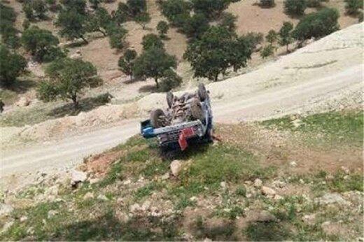 مرگ سرنشینان خودرو پس از سقوط در دره