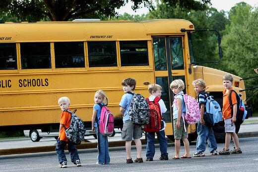 ببینید | راننده اتوبوس مدرسه ای که بخاطر خونسردی اش توانست جان 18 دانش آموز را نجات دهد
