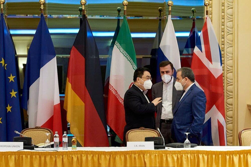 دیدار عراقچی با نماینده چین در وین