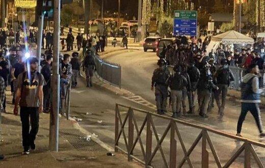 ارتش اسرائیل بار دیگر به مردم فلسطین در مسجدالاقصی یورش برد