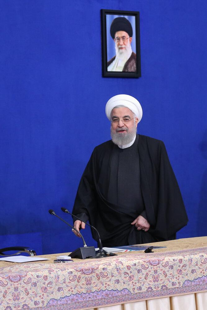 روحانی: امیدواریم سختگیریها، انتخاب مردم محدود نکند