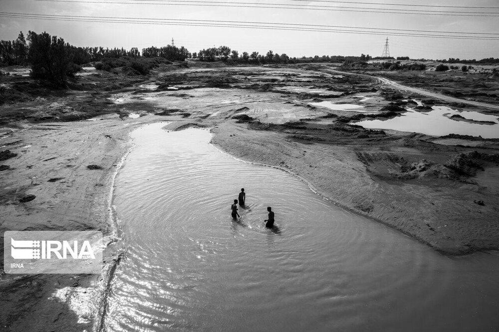 چرا به ورشکستگی آبی کامل رسیدیم؟/ «شرکتهایی از پروژههای سدسازی سود میبرند»