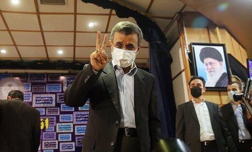 ادعای عجیب محمود احمدی نژاد: من لیبرال دموکرات هستم!