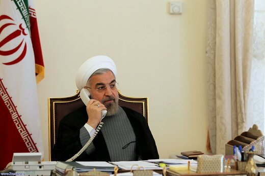 تماس تلفنی روحانی با اشرف غنی/ آمریکا در قبال طالبان بدنبال حل مشکلات خود بود نه مردم افغانستان