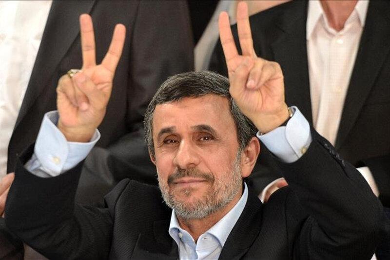 محمود احمدی نژاد خود را به در و دیوار می زند/روزی نامه های احمدی نژاد را الهام خداوند می دانستند