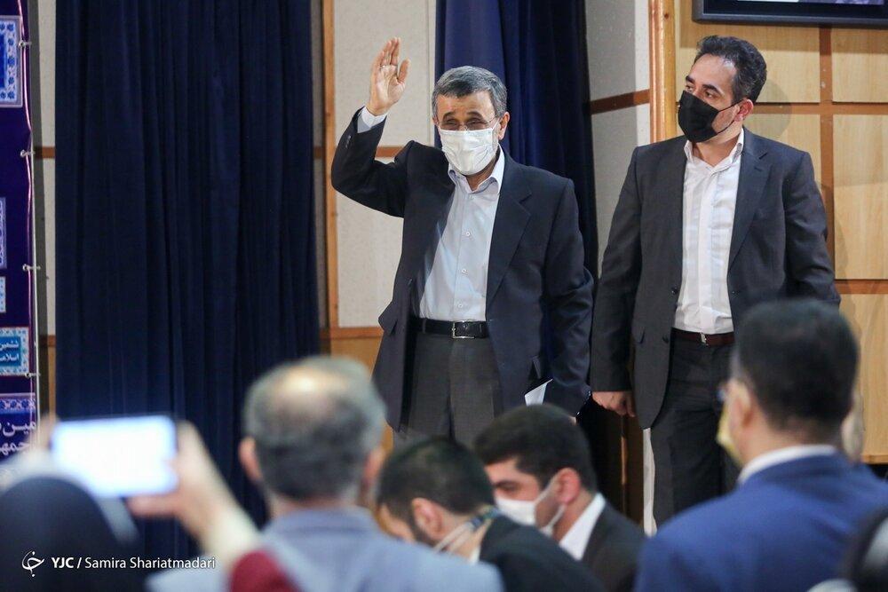 سروصدای احمدینژادیها در ستاد انتخابات /تبلیغات رئیسی شروع شد؟