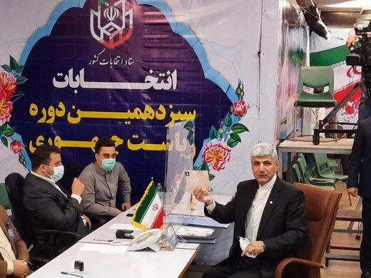 یک عضو دیگر دولت احمدی نژاد آمد/مهمان پرست در انتخابات ۱۴۰۰ ثبت نام کرد