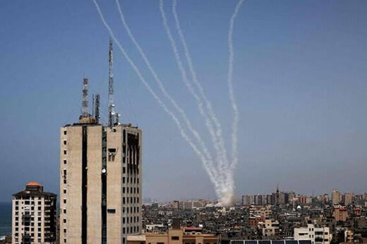 ببینید | لحظه فرار صهیونیستها به پناهگاه از ترس موشکهای مقاومت فلسطین