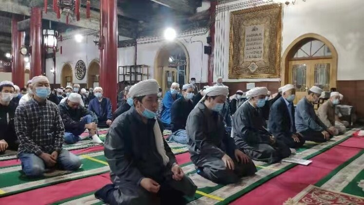 مسلمانان چین اینگونه به استقبال عیدفطر رفتند/عکس