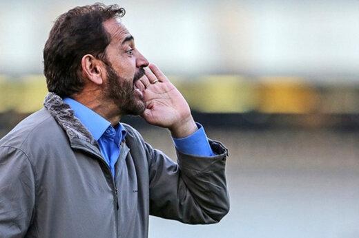 ببینید   ترفند خنده دار فیروز کریمی در زمان مربیگری در مقابل تیم اکبر میثاقیان