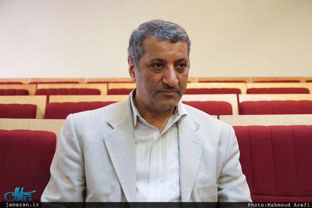 انتقاد تند مشاور هاشمی رفسنجانی از نظامیان و اعضای خبرگان/ برخی طوری رفتار می کنند که هاشمی رفسنجانی در 8 سال جنگ ایران نبوده است