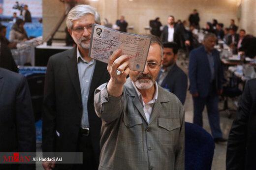 ببینید   پاسخ تند زریبافان به احمدینژاد: قانون و مردم تو را قبول ندارد!
