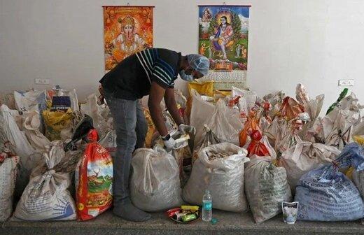 گونی های حاوی بقایای سوزاندن اجساد فوتی های کرونایی در هند