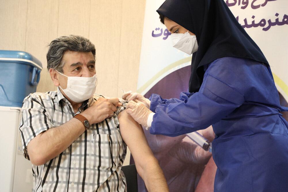 واکسیناسیون هنرمندان پیشکسوت انجام شد