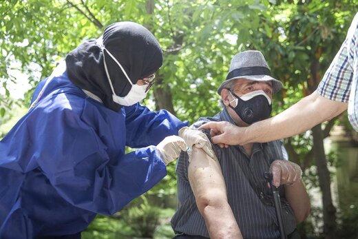 تخفیف برای تسهیل رفت و آمد سالمندان به مراکز واکسیناسیون کرونا