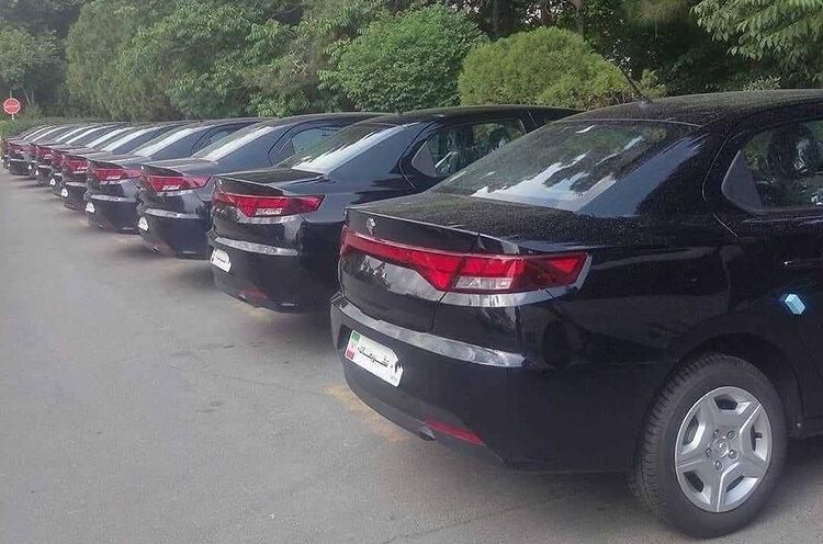 کاندیداهای ریاست جمهوری با این خودرو به محل مناظرات می روند+عکس