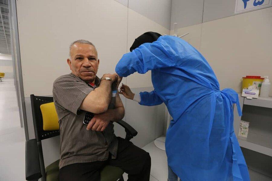 وزنه بردار افسانهای ایران واکسن زد/عکس