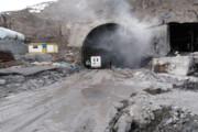ببینید | اولین تصاویر از ریزش مرگبار سنگ در یکی از تونلهای آزادراه تهران-شمال