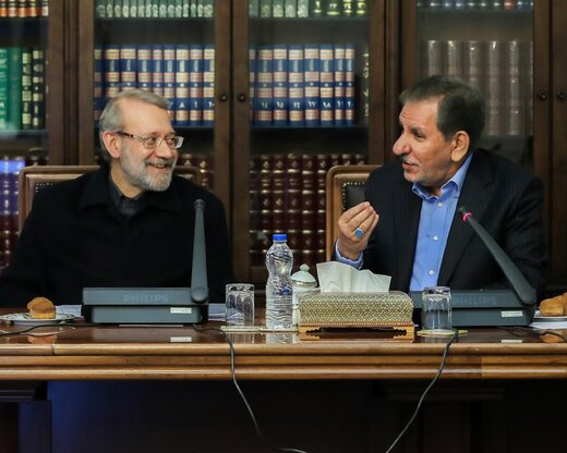 احتمال کنارهگیری جهانگیری به نفع لاریجانی /انتخابات دوقطبی میشود؟