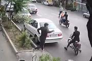 ببینید | قدرتنمایی خوفناک دزدان قمهکش تهرانی!
