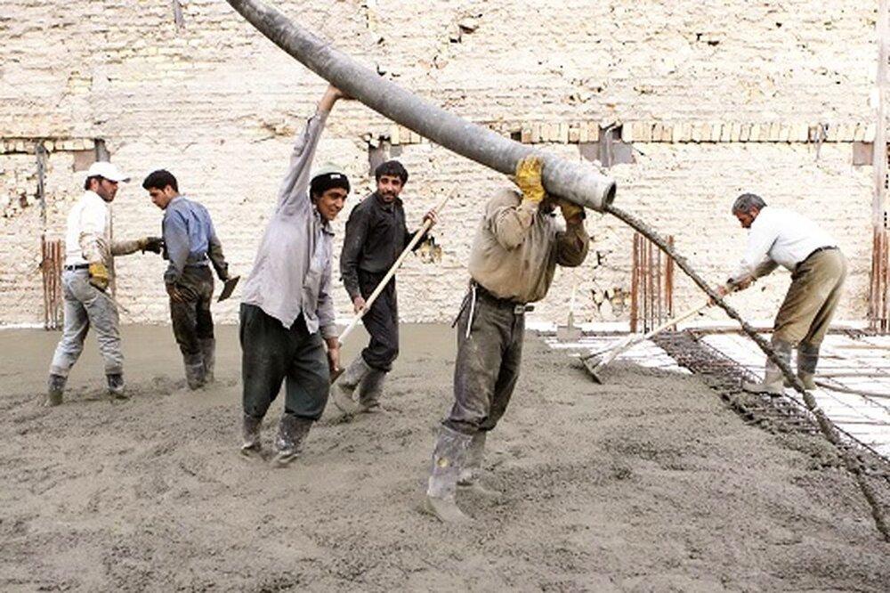 افزایش کوچ کارگران افغانستانی از ایران/ هزینه ساخت و ساز افزایش مییابد؟