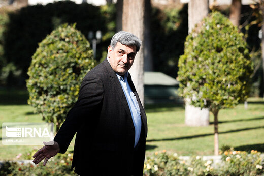 ببینید   نگرانی شهردار تهران برای انتخاب شورای شهر در انتخابات 1400