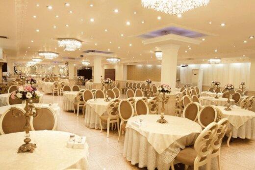 ببینید    شرط و شروط کرونایی برای بازگشایی تالارهای عروسی