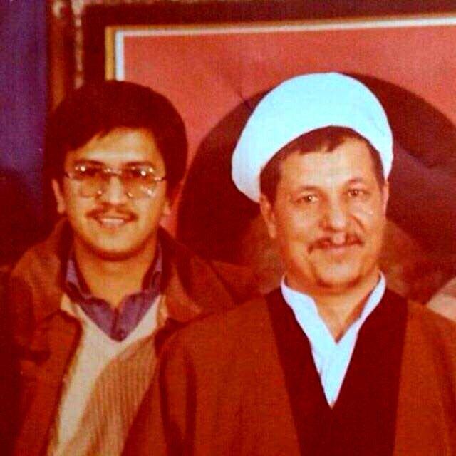عکس دو نفره کاندیدای ریاست جمهوری و آیت الله هاشمی