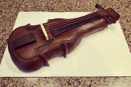 ببینید | مراحل جالب و خوشمزه ساخت یک ویولن با شکلات
