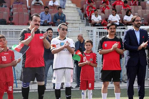 ببینید   وزیر ورزش افغانستان طرفدار پروین و حجازی!