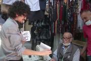 ببینید | هنرمند اردنی پرتره غریبه ها را نقاشی میکشد