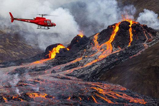 ببینید | تصاویری دیدنی از دریاچه گدازههای آتشفشانی در ایسلند