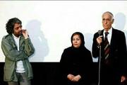 ببینید   لحظهای تلخ از تقدیر «بابک خرمدین» از پدر مادرش در مراسم اکران فیلم