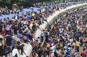 ببینید | بازی با مرگ در قطار سواری در بنگلادش