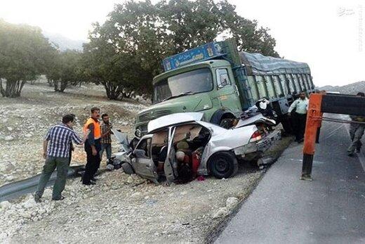 ببینید   انحراف هولناک کامیون در رشت و برخورد با 8 خودرو