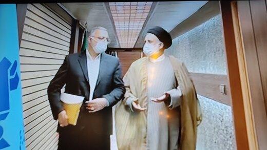 حمله زاکانی به دولت روحانی /کاری می کنیم بچه دار شدن آرزوی زوج های ایرانی نشود