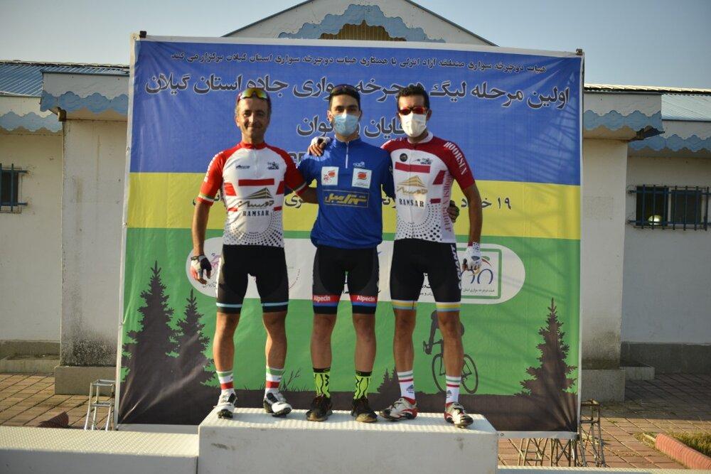 اولین مرحله لیگ دوچرخه سواری کورسی جاده آقایان و بانوان به میزبانی منطقه آزاد انزلی