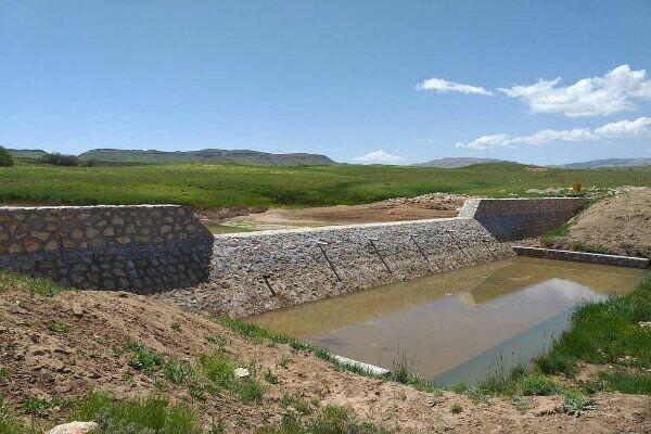 کنترل 2 میلیون و 800هزارمترمکعب سیلاب و رواناب با پروژه های آبخیزداری در استان سمنان