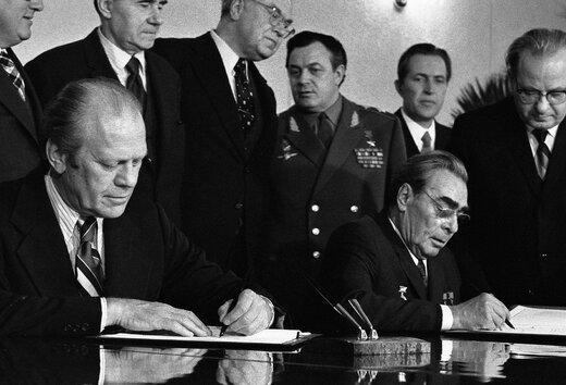 آیا آمریکا مدل شوروی را با ایران پیاده میکند؟