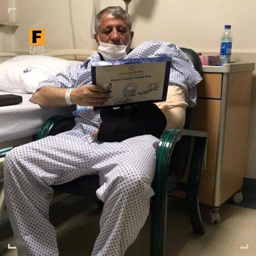 محسن هاشمی: خبر تصادف من صحت ندارد