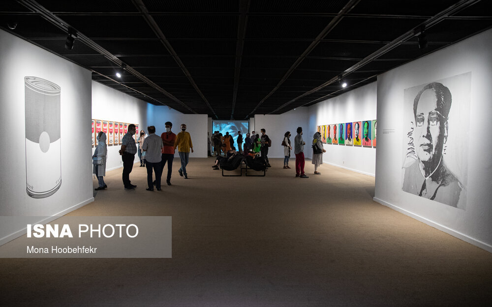 آثار اندی وارهول، در موزه هنرهای معاصر به نمایش درآمدند