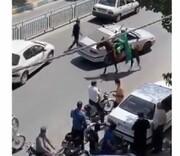 دستگیری اسب سوار سبزپوشی که در خیابان میتاخت