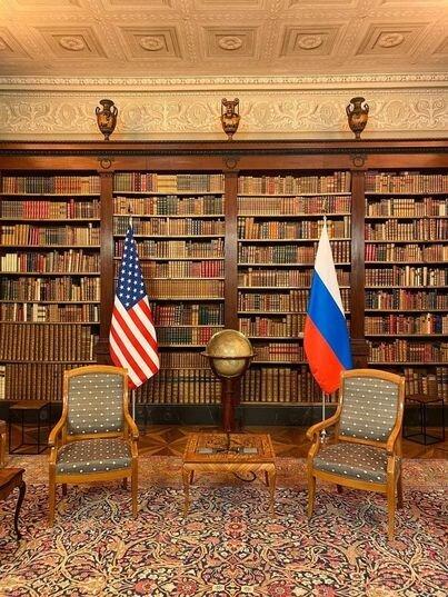 همهچیز آماده برای یک مذاکره مهم و تاریخی دو رئیسجمهور/عکس